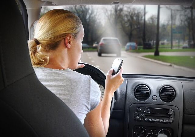 Distracted Driving – How to Break the Habit