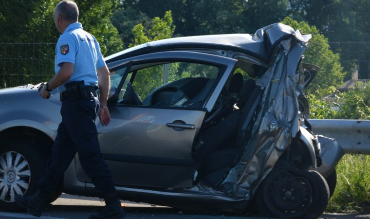 Car Crash vs Car Accident : Which One is Right?