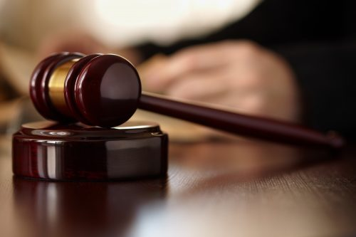 Can I Change Lawyers In The Middle Of A Car Accident Lawsuit?